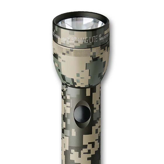 2. MAGLITE ST3DMR6 3-D Cell LED Flashlight, Universal Camo