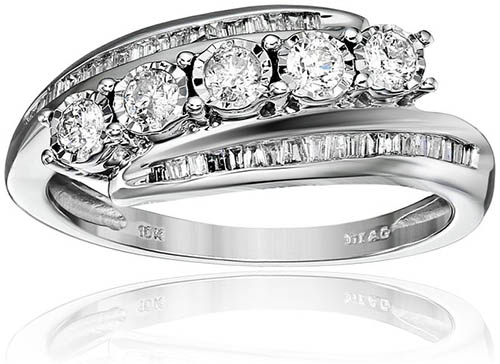 5. 10k White Gold Diamond Slant Anniversary Ring (1/2cttw, I-J Color, I2-I3 Clarity), Size 7