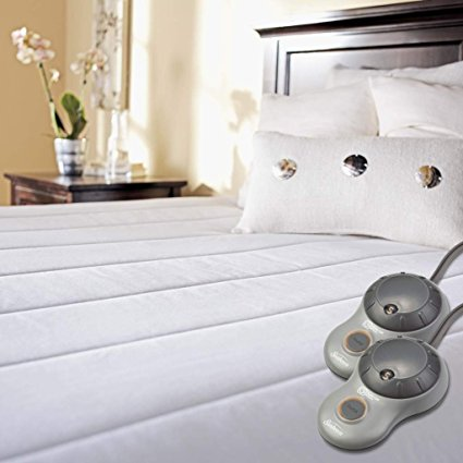 3. Sunbeam Quilted Polyester Heated Mattress Pad